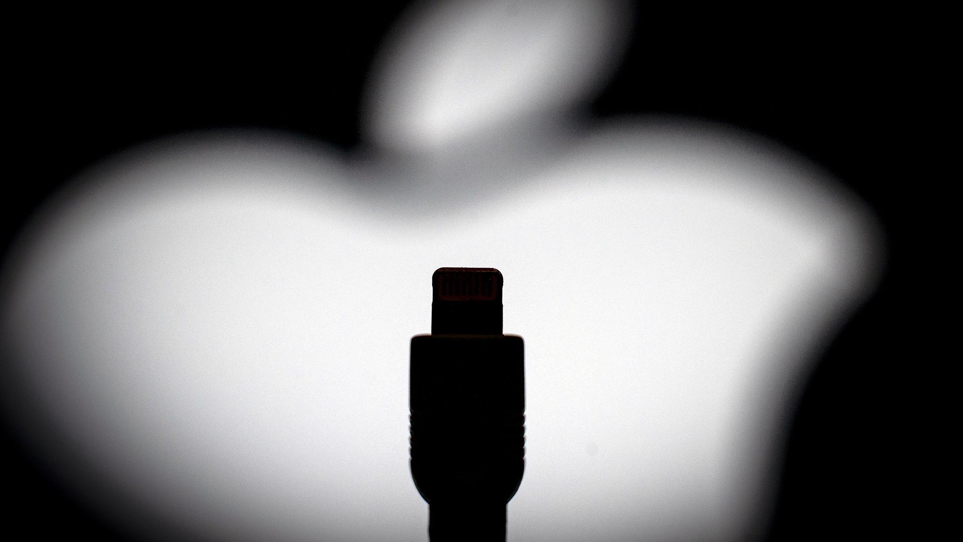 Apple, возможно, придется отказаться от кабеля Lightning connector