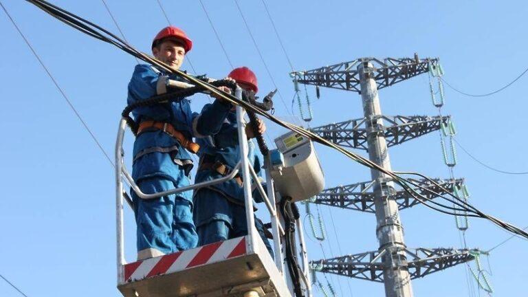 В Москве более 100 новостроек по реновации подключат к электросетям в 2020 году