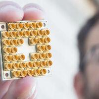Intel представила первый криогенный чип для квантовых вычислений