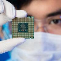 В MIT создали чип, который помогает решить проблемы защиты товаров от подделок