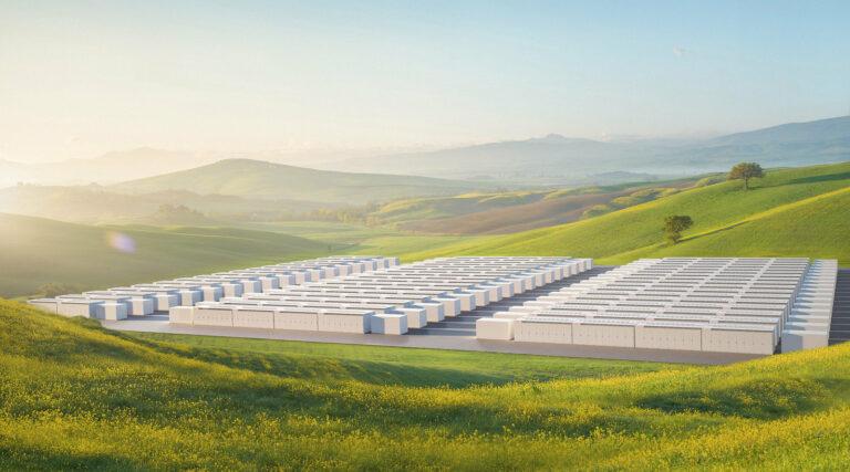В Канаде появилась первая мегабатерея Tesla