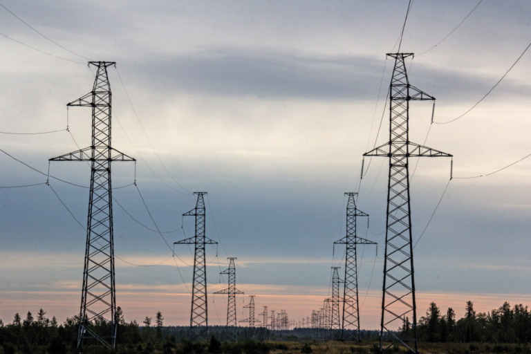 «Россети Тюмень» обновят ЛЭП, питающие одно из крупнейших газоконденсатных месторождений в мире
