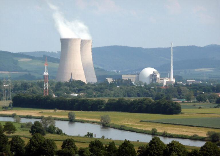 К 2022 году Германия собирается закрыть все ТЭС и АЭС