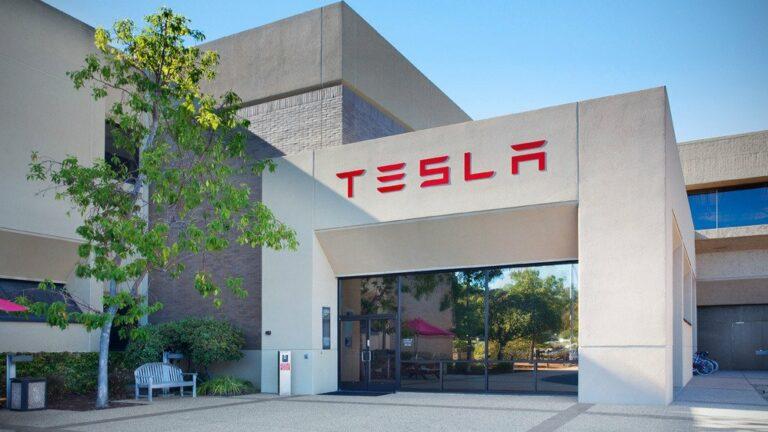 Tesla запатентовала новый электрод для батареи на миллион миль