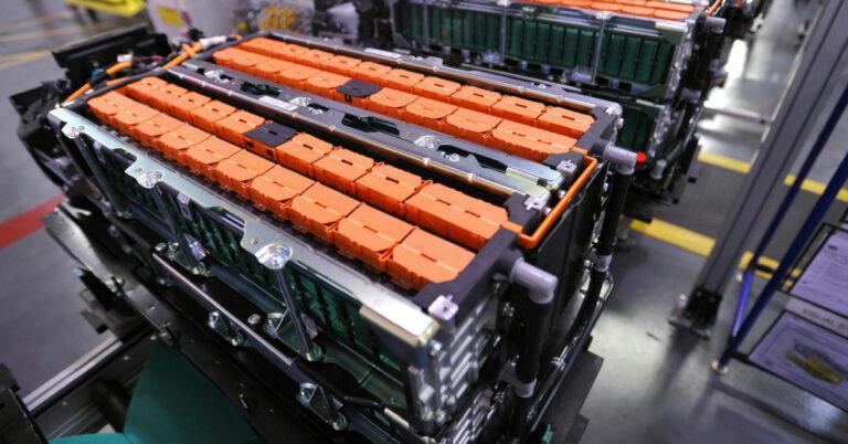 Китайские ученые разработали наноматериал, улучшающий стабильность литий-серных аккумуляторов