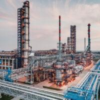 Омский НПЗ сократит воздействие на окружающую среду