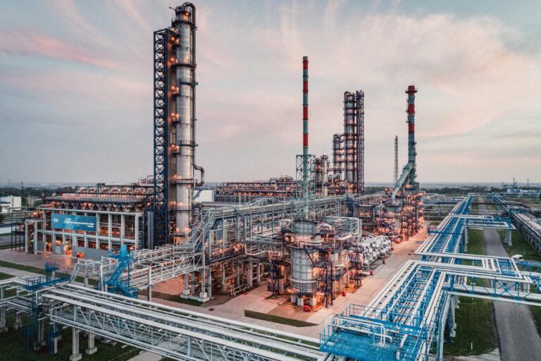 Омский НПЗ обеспечит нефтепродуктами районы Крайнего Севера