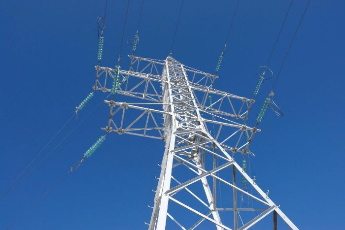 Энергетики обеспечили надежное электроснабжение сибиряков в Первомай