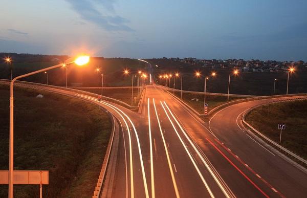 «Белгородэнерго» обеспечит освещение 11 автодорог
