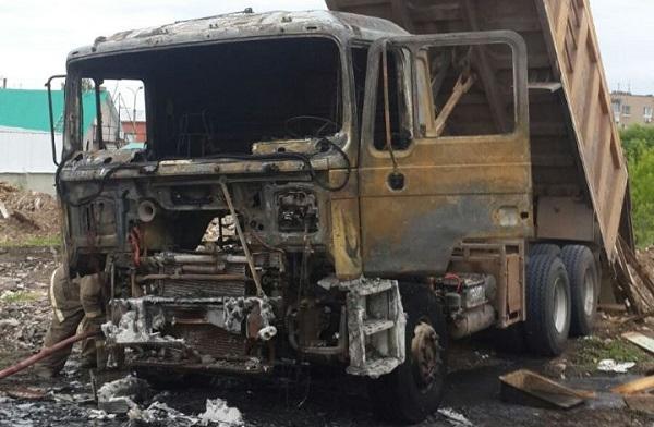 В Самарской области водитель сжег грузовик в охранной зоне ЛЭП