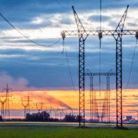 В апреле потребление электроэнергии в РФ сократилось почти на 3%