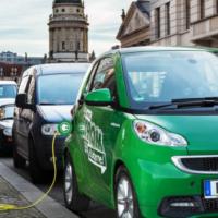 В Великобритании планируют платить водителям за переход с ДВС на электричество