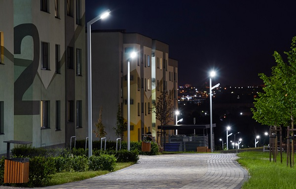 «Россети Центр Белгородэнерго» модернизирует уличное освещение Белгорода