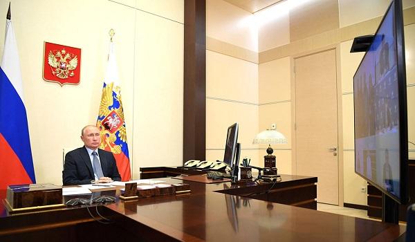 Президент попросил Александра Новака передать слова благодарности нефтяным компаниям, оказавшим помощь в ликвидации разлива нефтепродуктов в Норильске