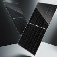 Solarwatt представила полностью черные солнечные батареи с низким уровнем ослепления