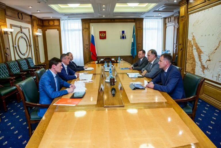 Состоялась рабочая встреча представителей ПАО «НК «Роснефть» и губернатора Сахалинской области