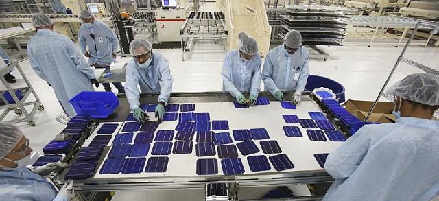 Австралийские ученые разработали солнечные панели на основе жидких полимеров