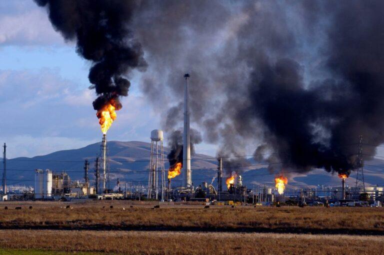 Мембранные технологии могут сократить выбросы при переработке нефти