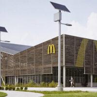 McDonald's запустил первый ресторан с нулевым потреблением энергии
