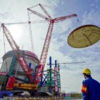 Китай будет ежегодно строить по 6-8 атомных реакторов