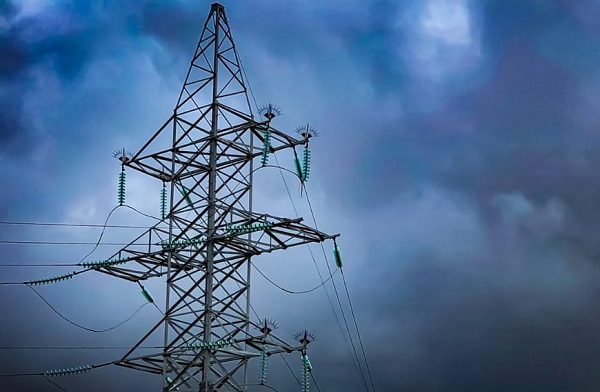В Усолье-Сибирском без электроэнергии остаются более 10 тыс. абонентов