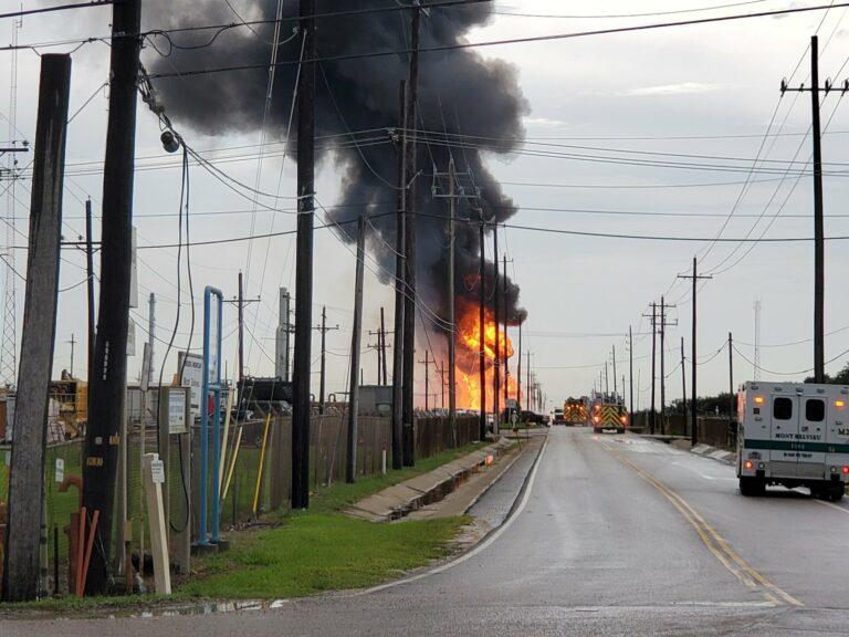 В США представили отчет о причинах взрыва на energy storage, из-за которого пострадали 4 пожарных