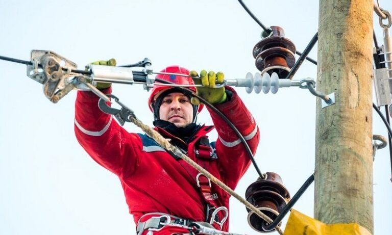 «Россети Северо-Запад» в 2020 году отремонтировали 358 км линий электропередачи