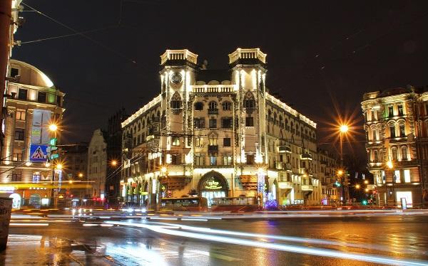 «Ленсвет» заменит уличное освещение в Санкт-Петербурге