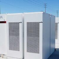 Tesla начинает строительство в Калифорнии системы хранения энергии мощностью 730 МВт*ч