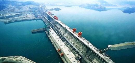 Самой крупнейшей в мире плотине ГЭС «Три ущелья» угрожает наводнение
