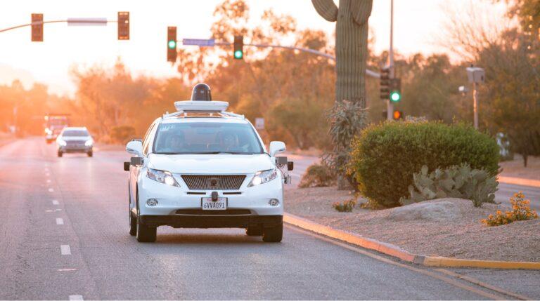 В США появится дорога для беспилотных автомобилей