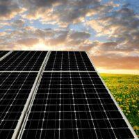 В Малайзии построят первую солнечную электростанцию с двусторонними панелями