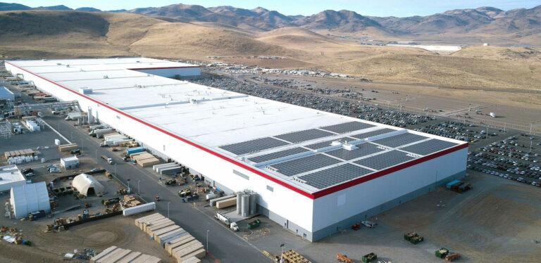 Tesla совместно с ФБР предотвратили хакерскую атаку на заводе Gigafactory Nevada