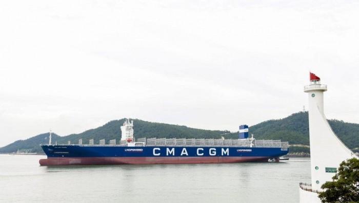 В Корее построен первый в мире контейнеровоз, работающий только на СПГ