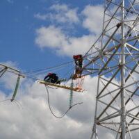 На севере Карелии энергетики заменили 30 километров грозотроса на ЛЭП