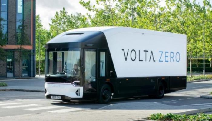 В Швеции представили электрогрузовик с запасом хода до 200 км
