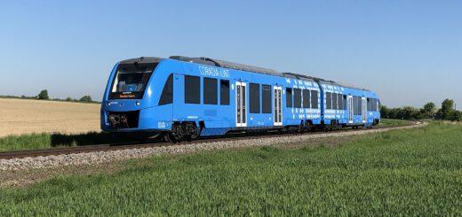В Австрии приступил к перевозкам пассажиров поезд на водородном топливе