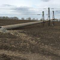 В Белгородской области участились случаи повреждения опор ЛЭП крупногабаритной сельхозтехникой