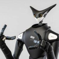 В Японии роботов научили раскладывать товары по полкам