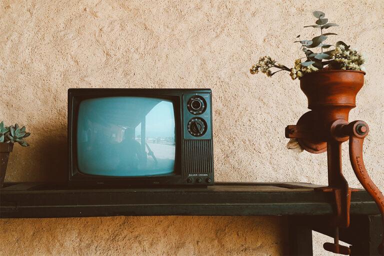 В британской деревне старый телевизор полтора года «обрубал» интернет жителям