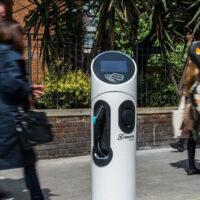 Total приобрел крупнейшую в Лондоне сеть пунктов зарядки электромобилей