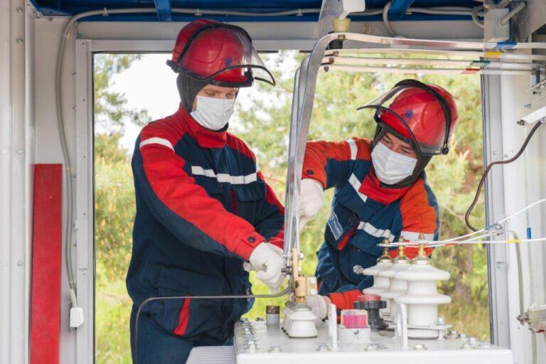 «Россети Центр» и «Россети Центр и Приволжье» с начала года ввели в работу более 2200 километров линий электропередачи