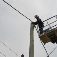 Повышение качества электроснабжения заметили жители более десятка улиц Астрахани