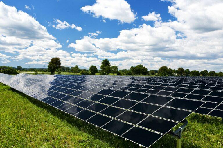 В первом полугодии 2020 года Китай экспортировал 33,8 ГВт солнечных батарей