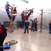 Кубанские энергетики учатся в Татарстане работам под напряжением