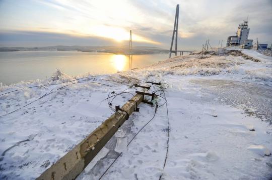 В Приморском крае более 76 тыс человек остаются без электроснабжения