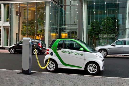 Польша планирует начать производство электромобилей