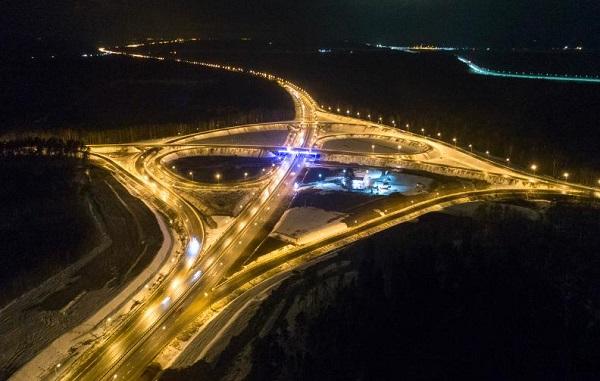 На участке трассы М-10 в Тверской области установят искусственное электроосвещение