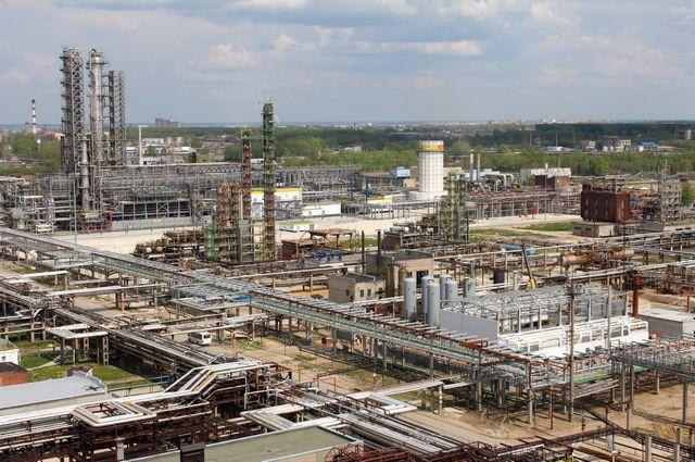 «Рязанская НПК» перевела четвертую установку по производству компонентов экологичного бензина на катализатор «Роснефти»