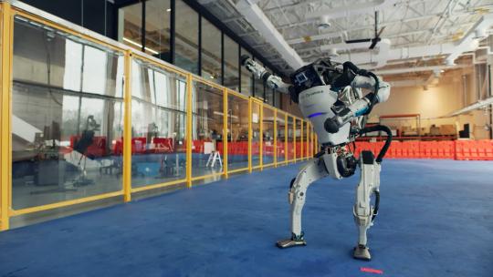 Танцующие роботы Boston Dynamics